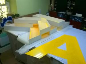 изготовление пластиковых букв
